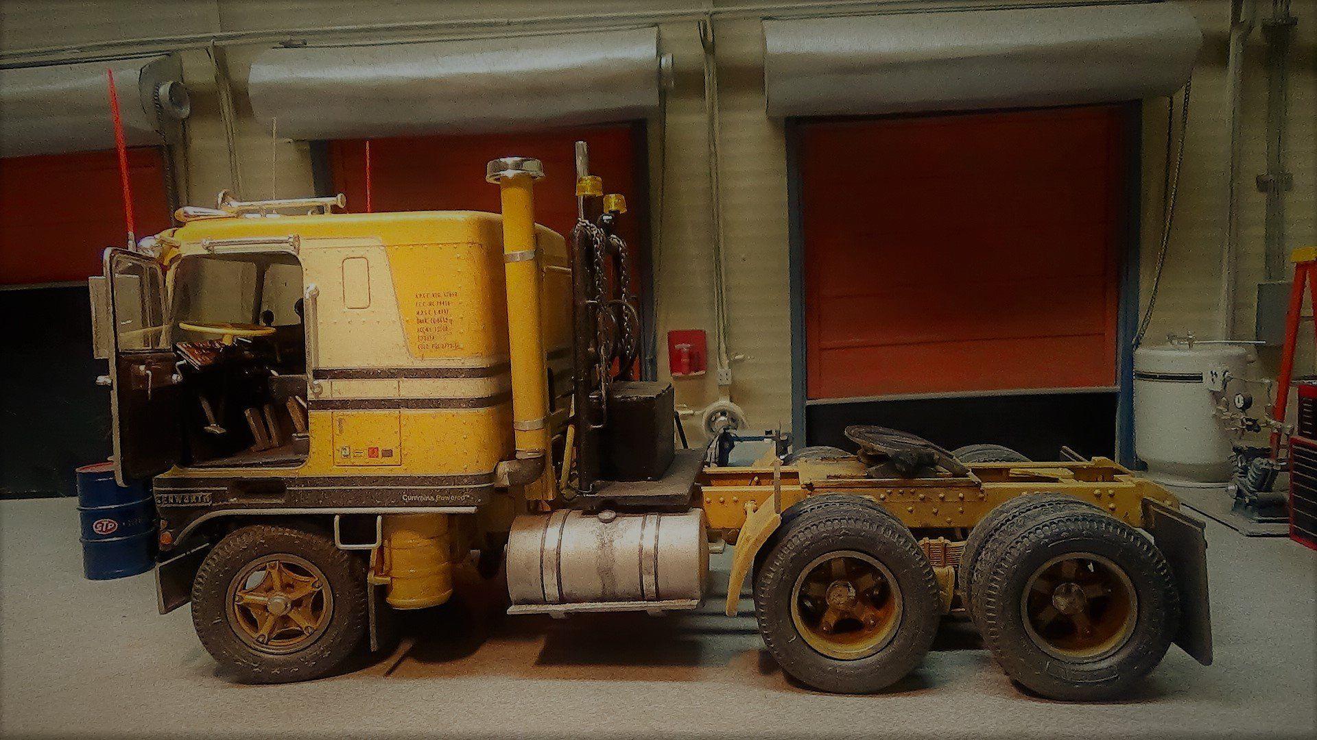 Pin by Randy Cobb on Model kits-semi trucks | Model truck
