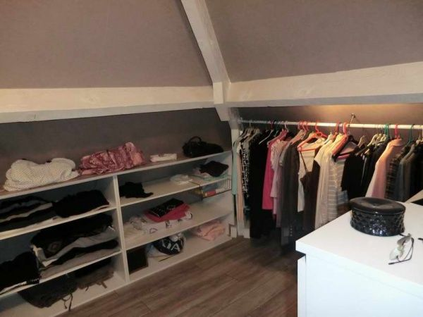 le dressing attic dressings and attic spaces. Black Bedroom Furniture Sets. Home Design Ideas