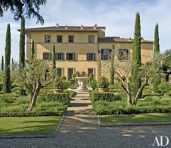 Armani Casa Has A New House Designed By Cesar Pelli: Rent Sting's Italian Estate, Il Palagio