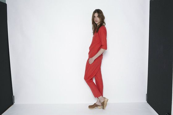 Light Red   (by VESTIAIRE COLLECTIVE) http://lookbook.nu/look/3383293-Light-Red