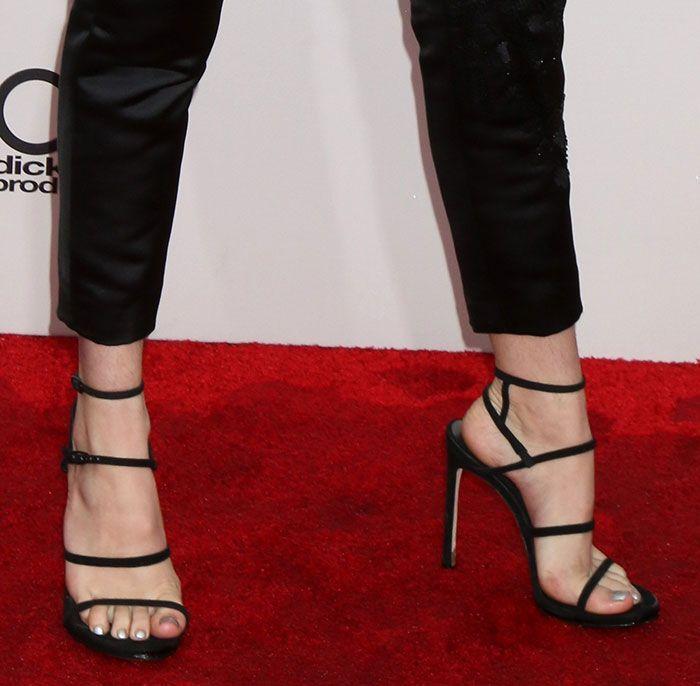 """664b21c678f Bella Thorne in Stuart Weitzman """"Courtesong"""" sandals"""