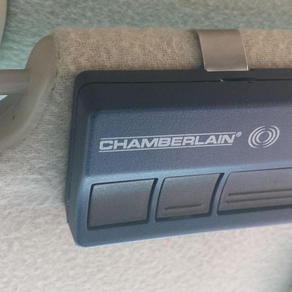 chamberlain garage door opener battery size [ 1024 x 1024 Pixel ]