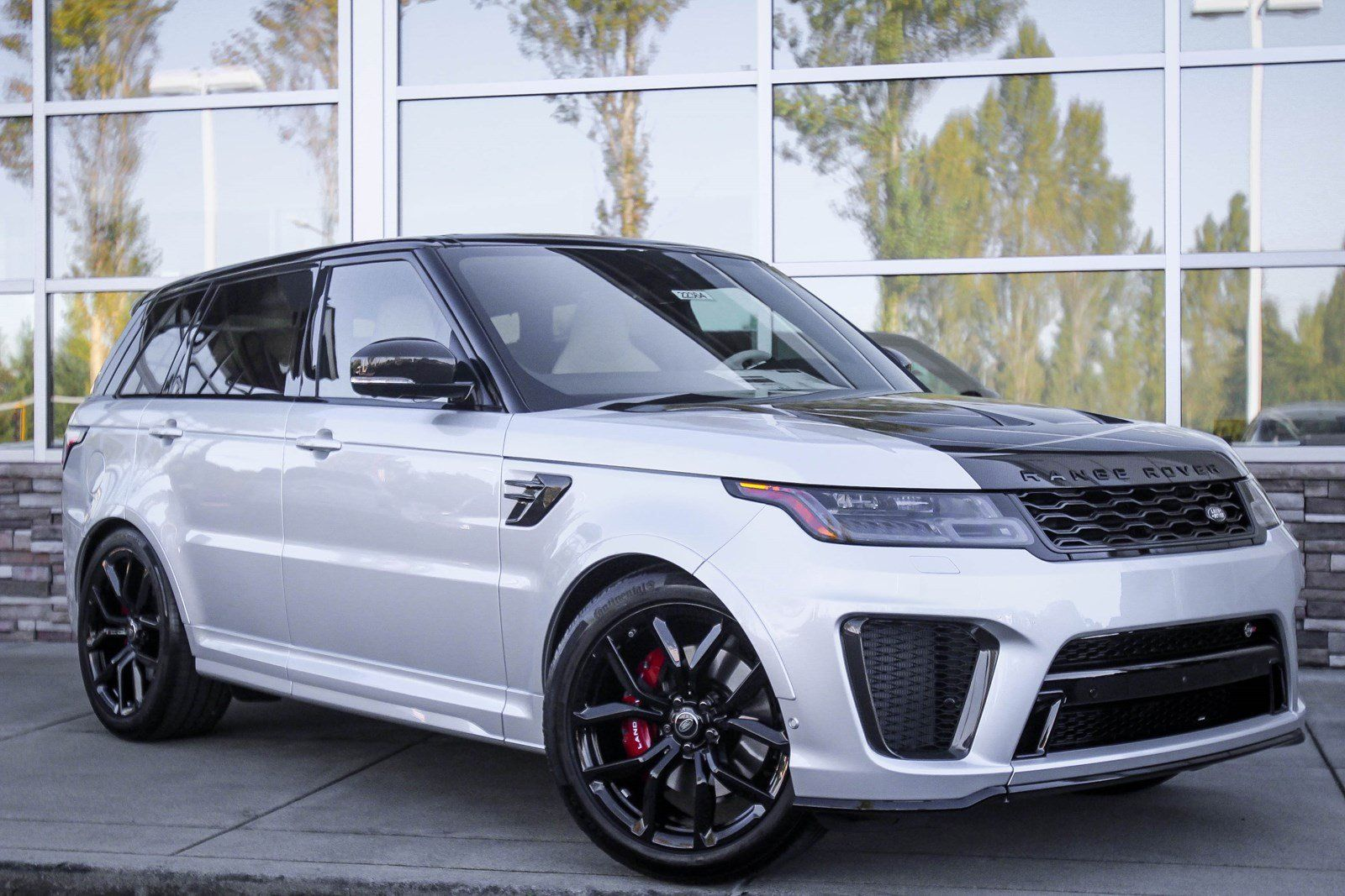 Land Rover Bellevue >> 90 New Cars Suvs In Stock Redmond Joyryd S Range Rover Svr
