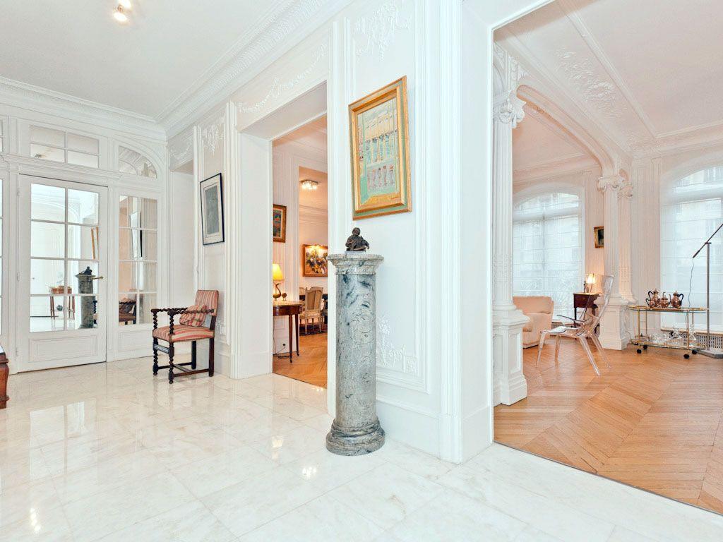 D coration d 39 un appartement haussmannien paris avenue - Architecte interieur paris petite surface ...