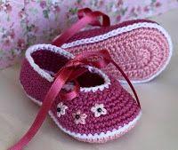 Tina's handicraft : 28 designs for slippers babies