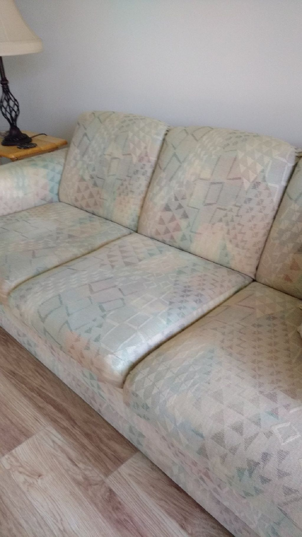 Los Angeles Free Lazy Boy Loveseat Sleeper Sofa Love Seat