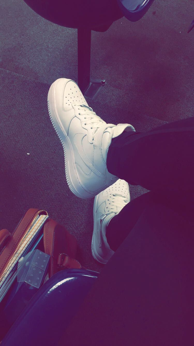 450feacc02a pinterest: @ raqqgee ☪ | Shoes || Socks | Tumblr photography ...