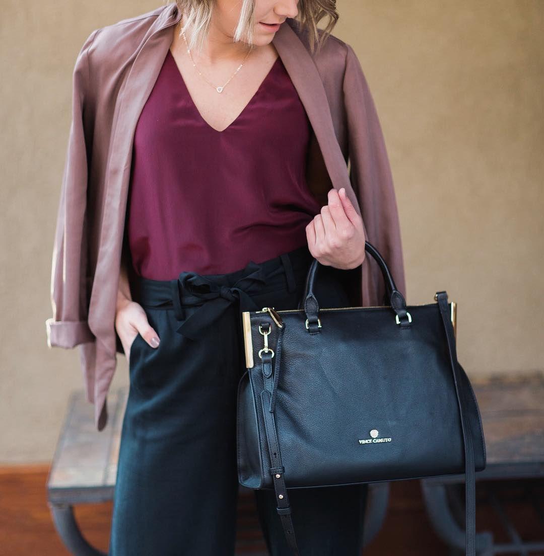 Work Day Essentials  #MyBottega #shopsatshilohcrossing #weekdaystyle #fashion #style #chic #ootd #purses : @tracymoorephoto