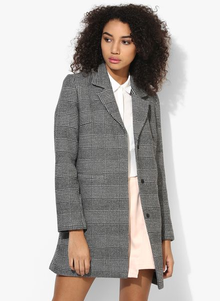 Buy Dorothy Perkins Mono Prince Of Wales Check Coa for Women Online India, Best  Prices