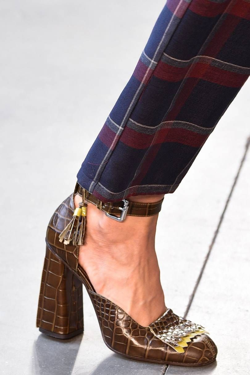 492a62228f8 Vogue s Ultimate Autumn Winter 2016-17 Shoes Trend Guide