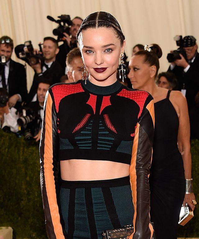 Beauté : Les plus belles coiffures et les plus beaux maquillages du Met Gala 2016 | Vogue