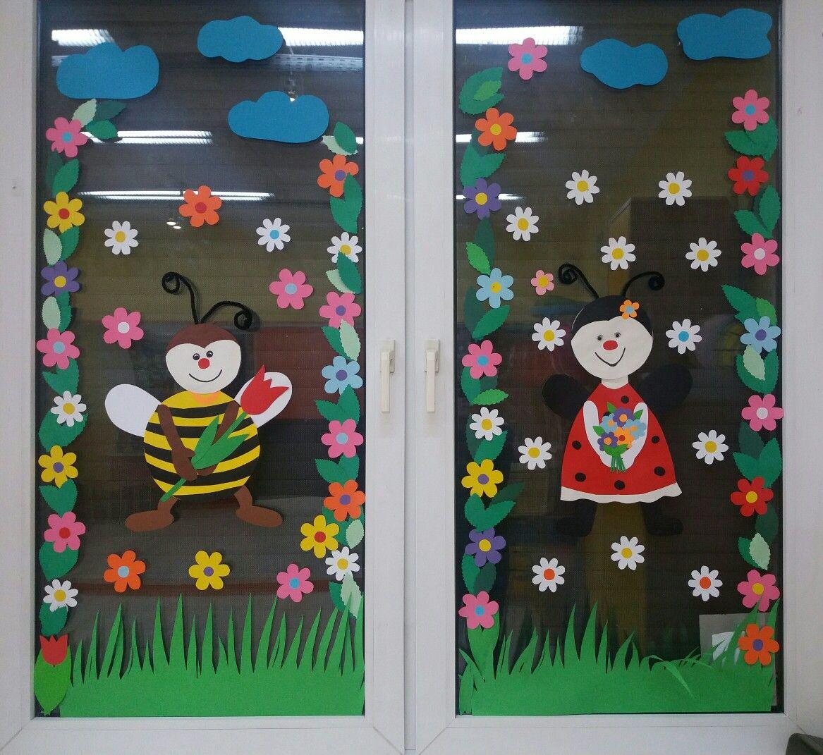 Dekoracja Wiosenna Na Okna Alicja Mazur Kreatywnie Z Dzieckiem Spring Crafts For Kids Preschool Crafts Spring Crafts