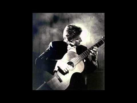 Christopher Parkening - Bach: Prelude No  1 in C major BWV 846