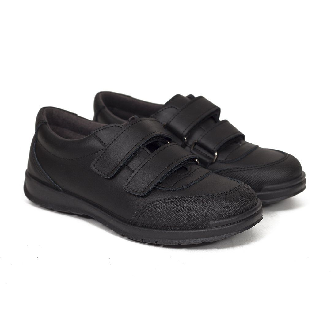 Pin en Zapatos de niños miMaO