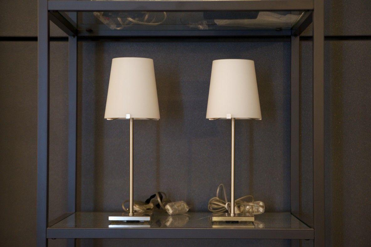 Lampade da tavolo in vetro bianco