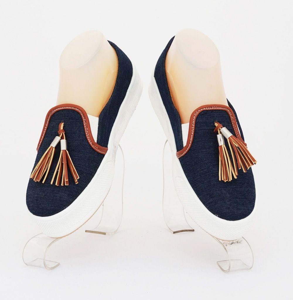 Sepatu Kincir Cantik Model Trendy Warna Biru Tua Bahan Jeans
