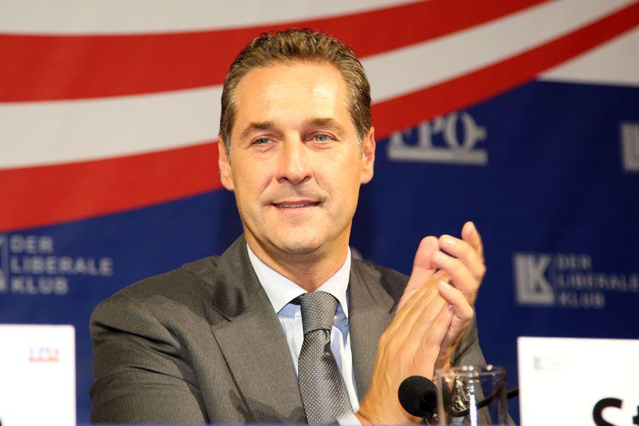 Landtagswahlen in Österreich: FPÖ dank Flüchtlingskrise oben auf - http://www.statusquo-news.de/landtagswahlen-in-oesterreich-fpoe-dank-fluechtlingskrise-oben-auf/
