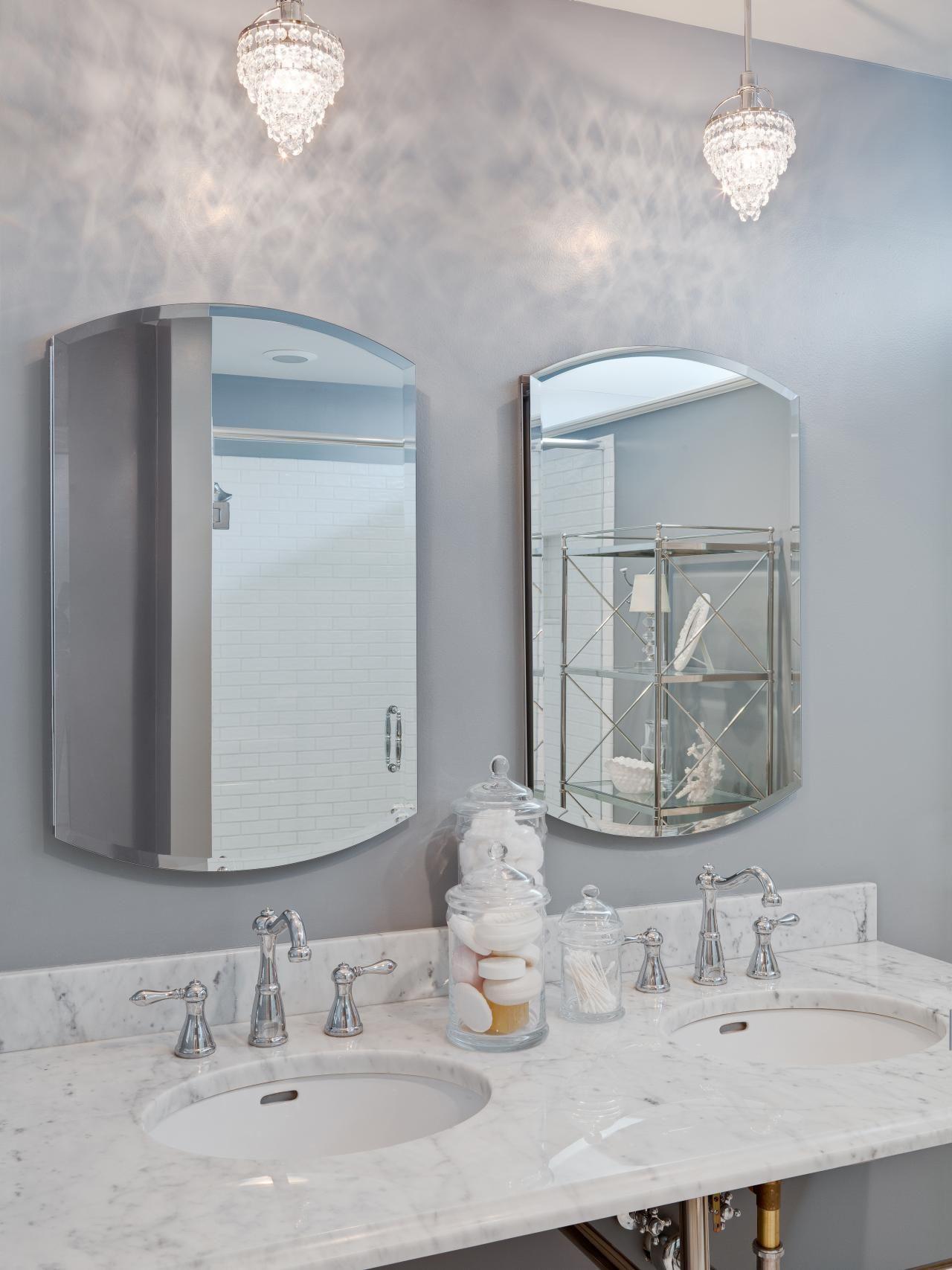 Double Vanity Bathroom With Sparkling Mini Chandeliers Small Bathroom Chandelier Luxury Master Bathrooms Bathroom Chandelier