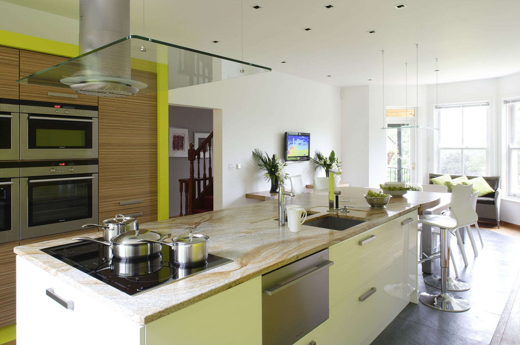 Mixed materials between wall and island units | Kitchen ...