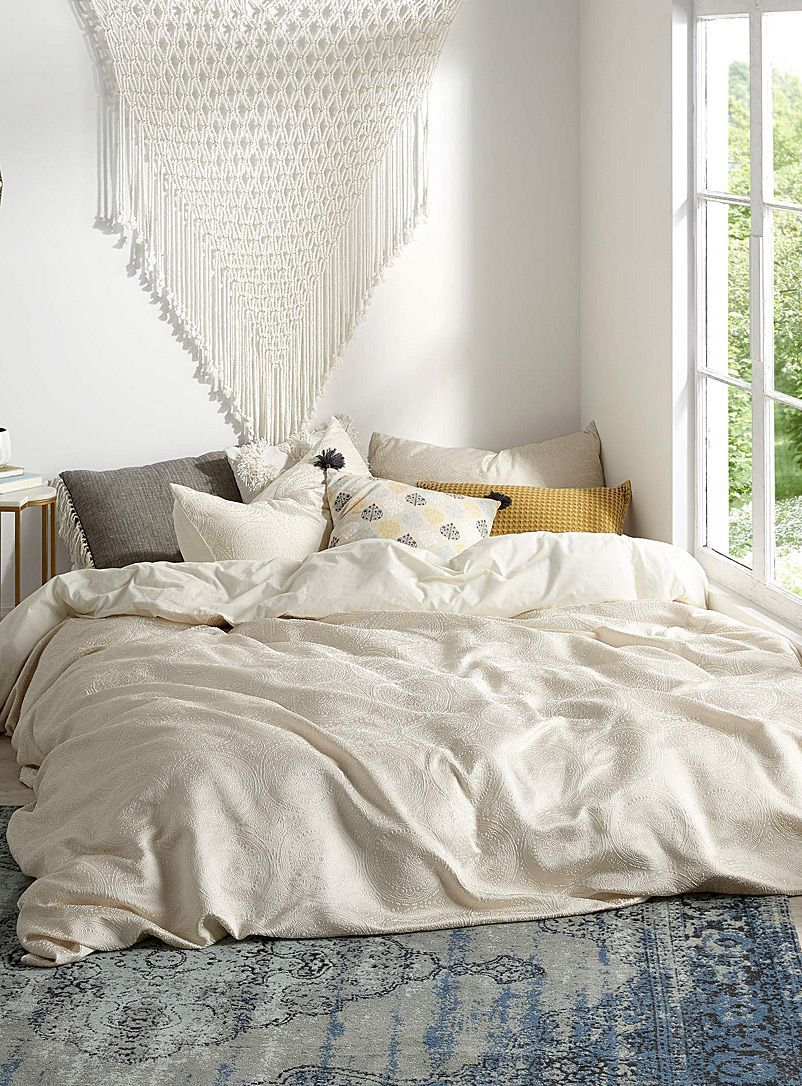 Duvet Vs Comforter Which Is Better Duvet Cover Sets