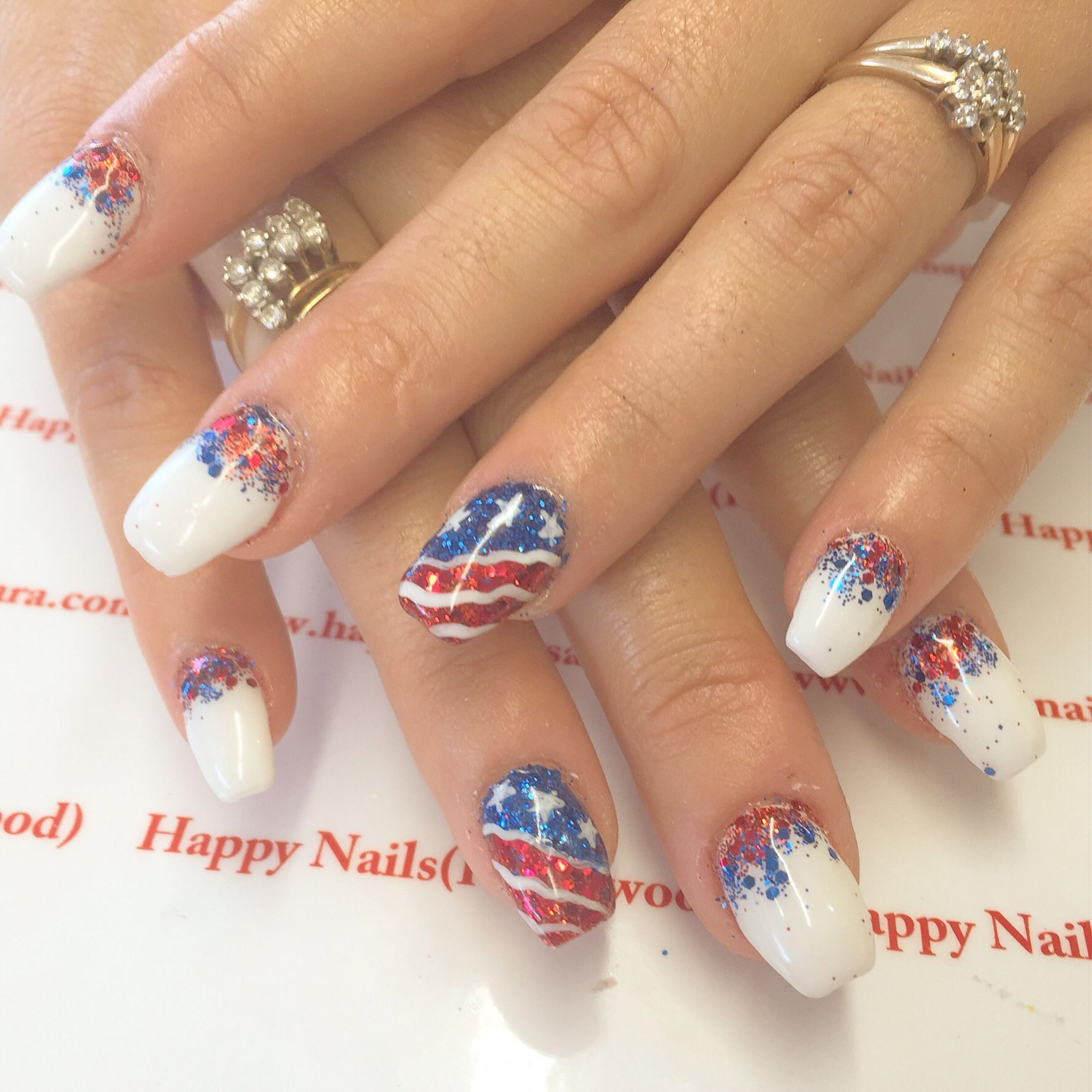 22 Luxury Nail Art 4th Of July Fourth Of July Nail Ideas Sparkles Red White And Blue American Flag Creativ Blue Nail Art Red Acrylic Nails Blue Acrylic Nails