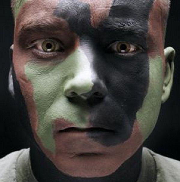 10 Cool Ways To Wear Camo Face Paint Pics Camo Face Paint Camouflage Face Paint Army Face Paint
