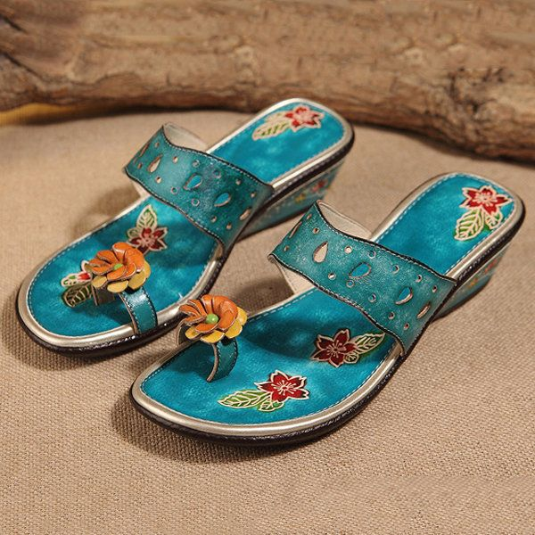 dd1d5f040 Socofy Handmade Flower Hollow Slippers Carving Retro Sandals