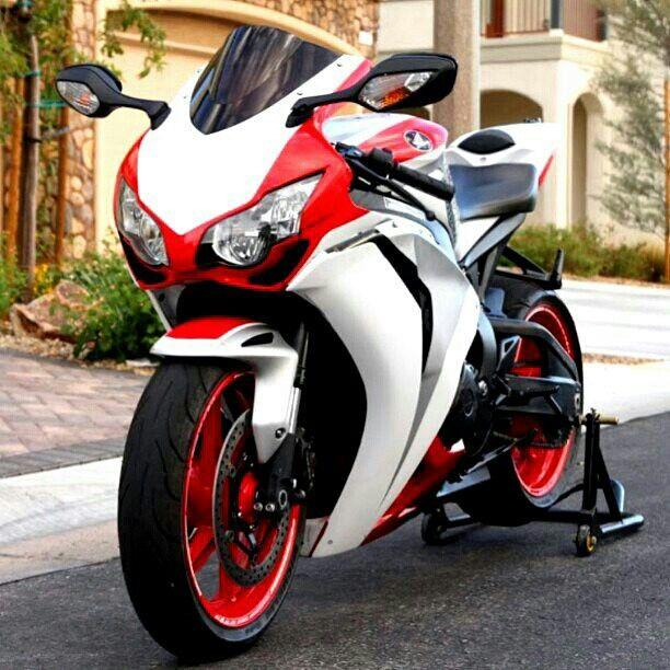 Dessin moto de sport betting super tote betting