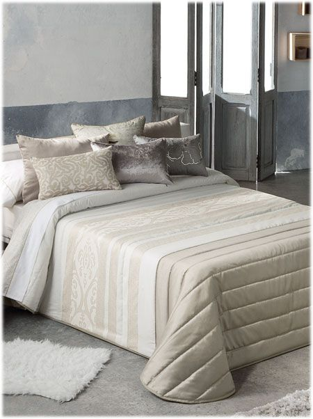 antilo madeira beige literie pinterest couvre lit plaid et jet de lit. Black Bedroom Furniture Sets. Home Design Ideas