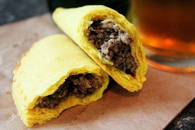 jamaican beef patties  recipe  haitian food recipes