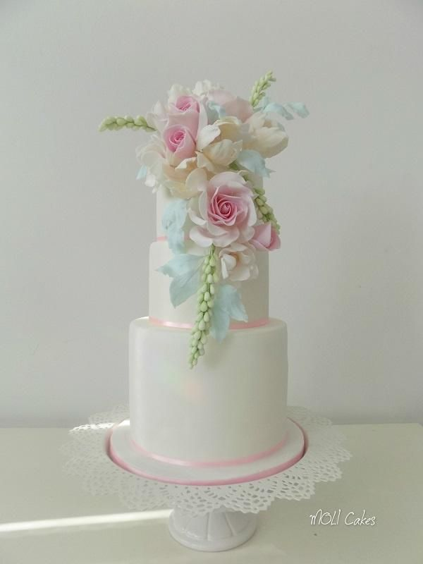 Find This Pin And More On Wedding Cakes By Cakesdecor
