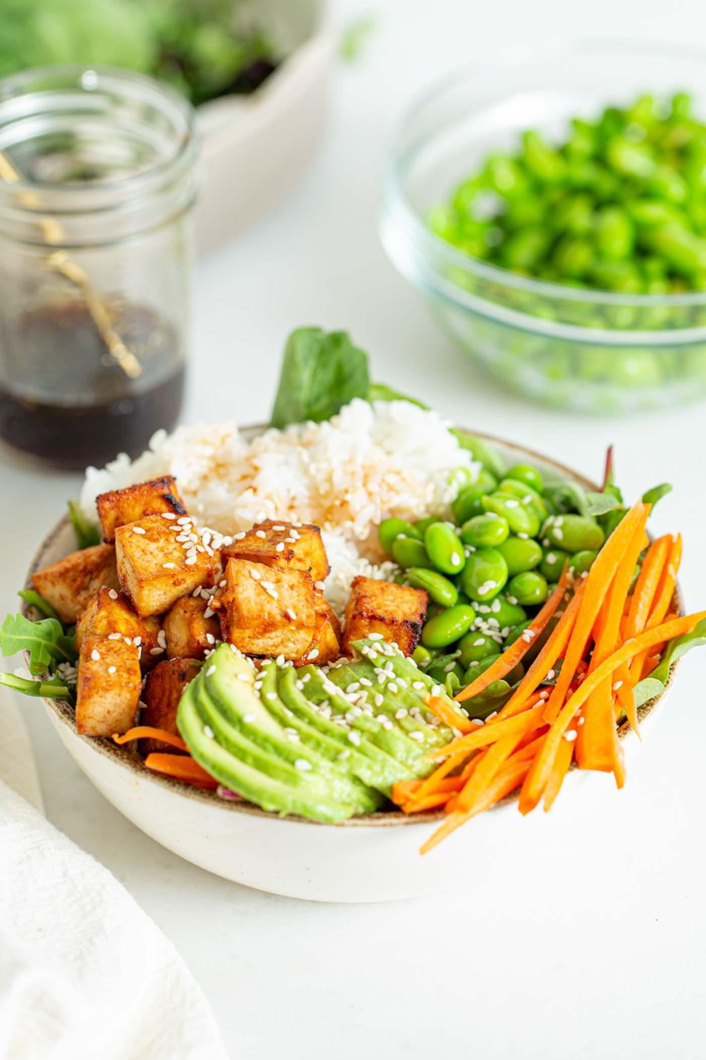 Sriracha Baked Tofu Rice Bowls Recipe In 2020 Rice Bowls Recipes Baked Tofu Healthy Plant Based Recipes