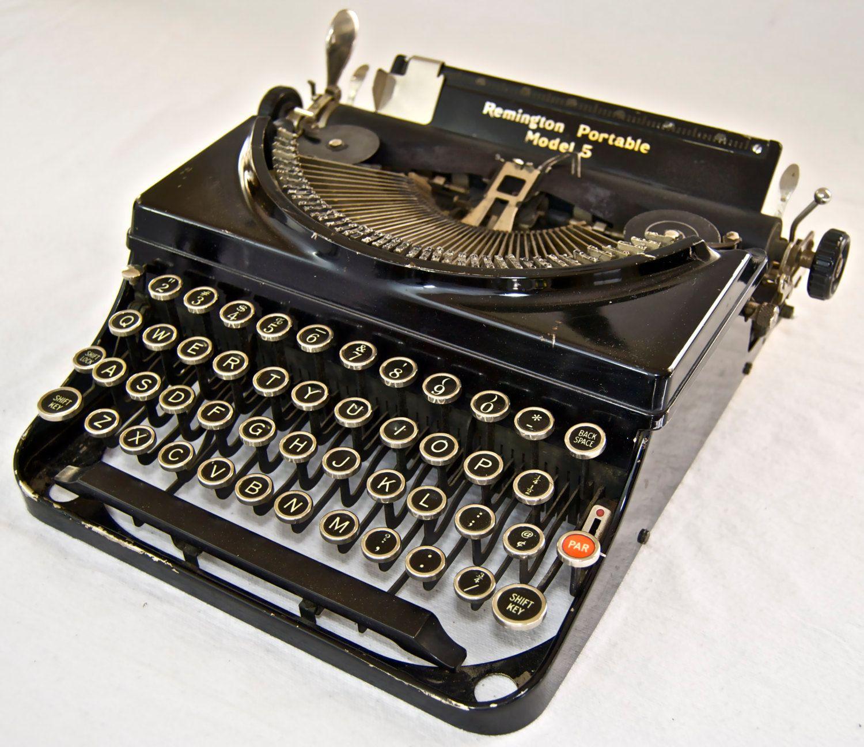 Pin On Vintage Typewriters
