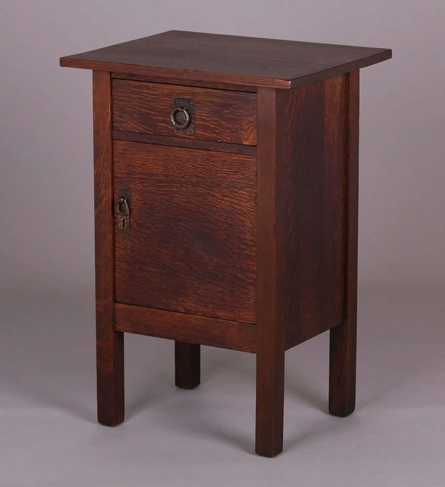 1859 Lifetime Furniture Co One Door Cabinet Nightstand C1910 Signed Original Finish Except Top Refin Arts And Crafts Furniture Mission Furniture Furniture