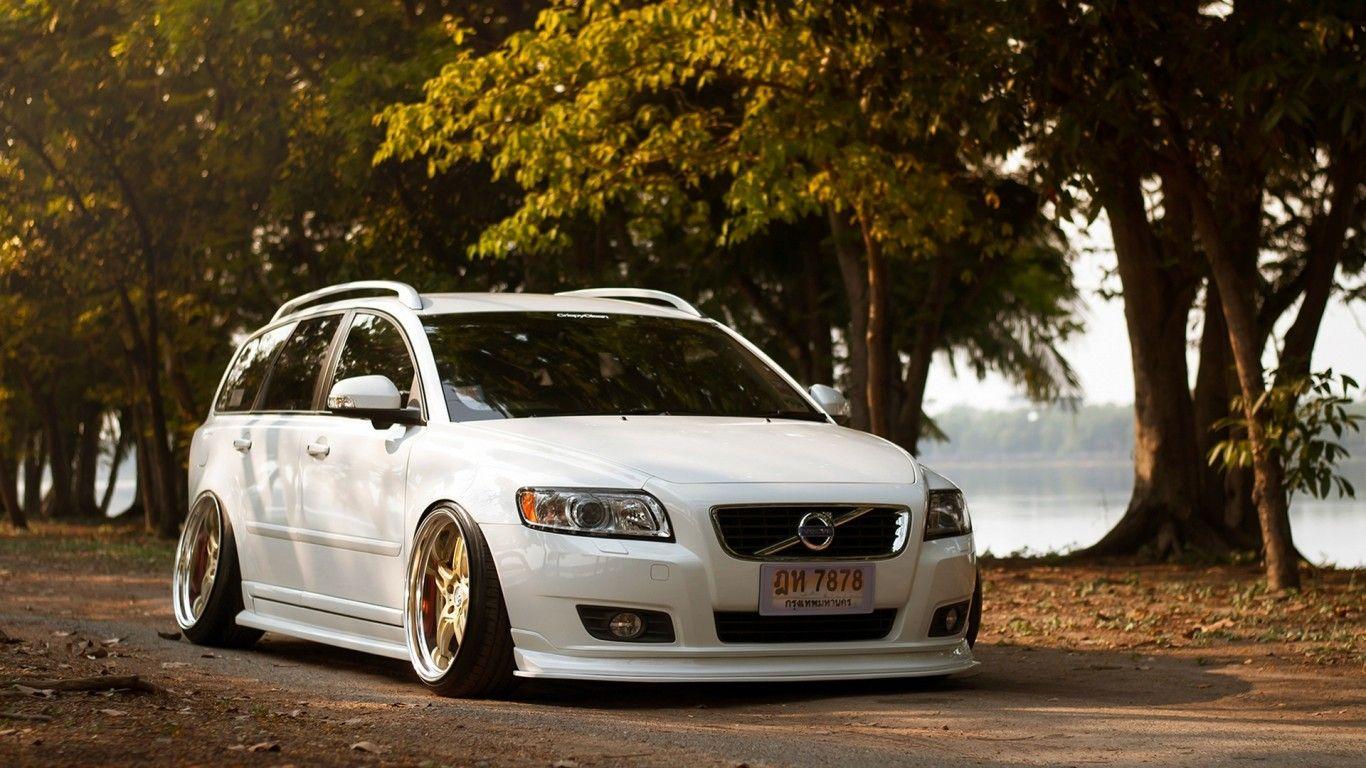 Download Wallpaper Car Volvo V50 White Tuning Stance Slammed