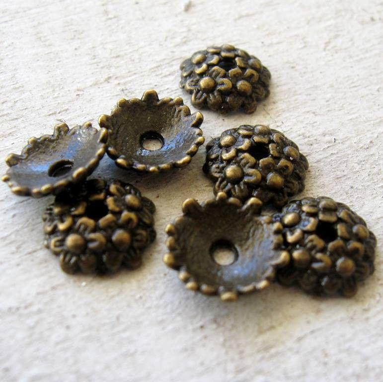 10 x Antique Gold Tulip Flower Bead Caps 10mm x 10mm LF NF CF