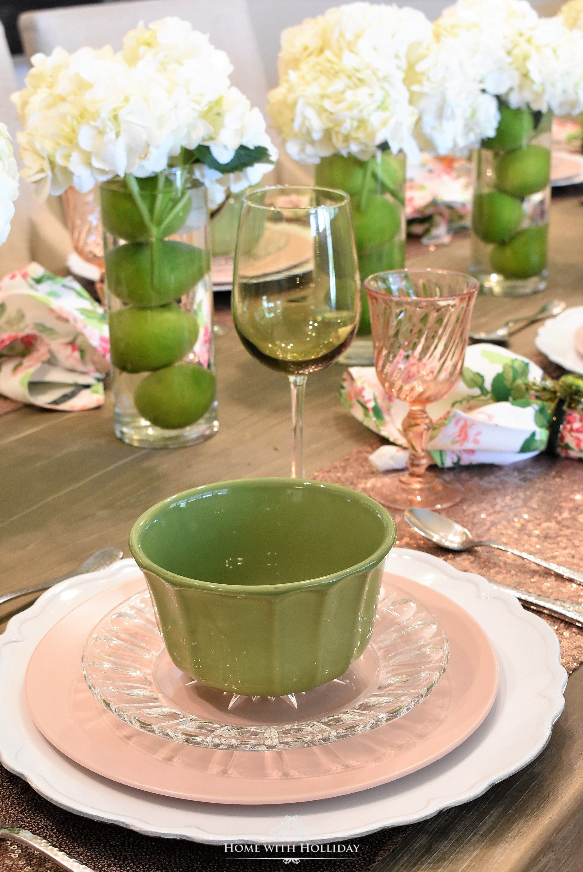 Tablesettingquenalbertini2 Spring Table Setting For Mothers Day Luncheon - Homewithhollidaycom