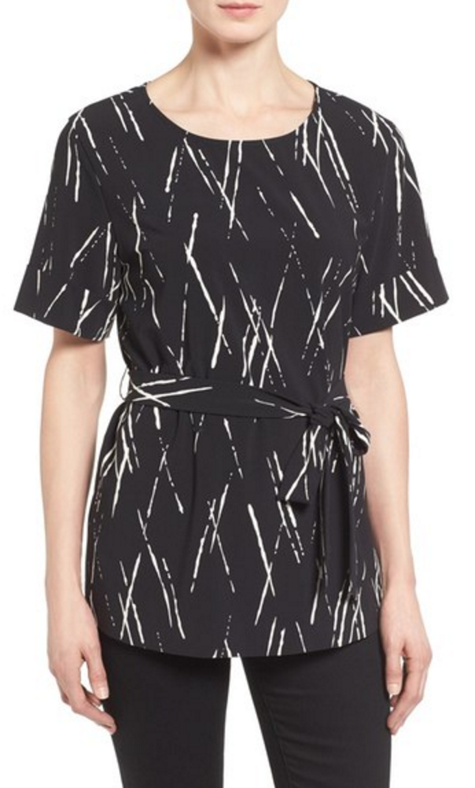 Belted short sleeve tunic and black and white dashes pattern