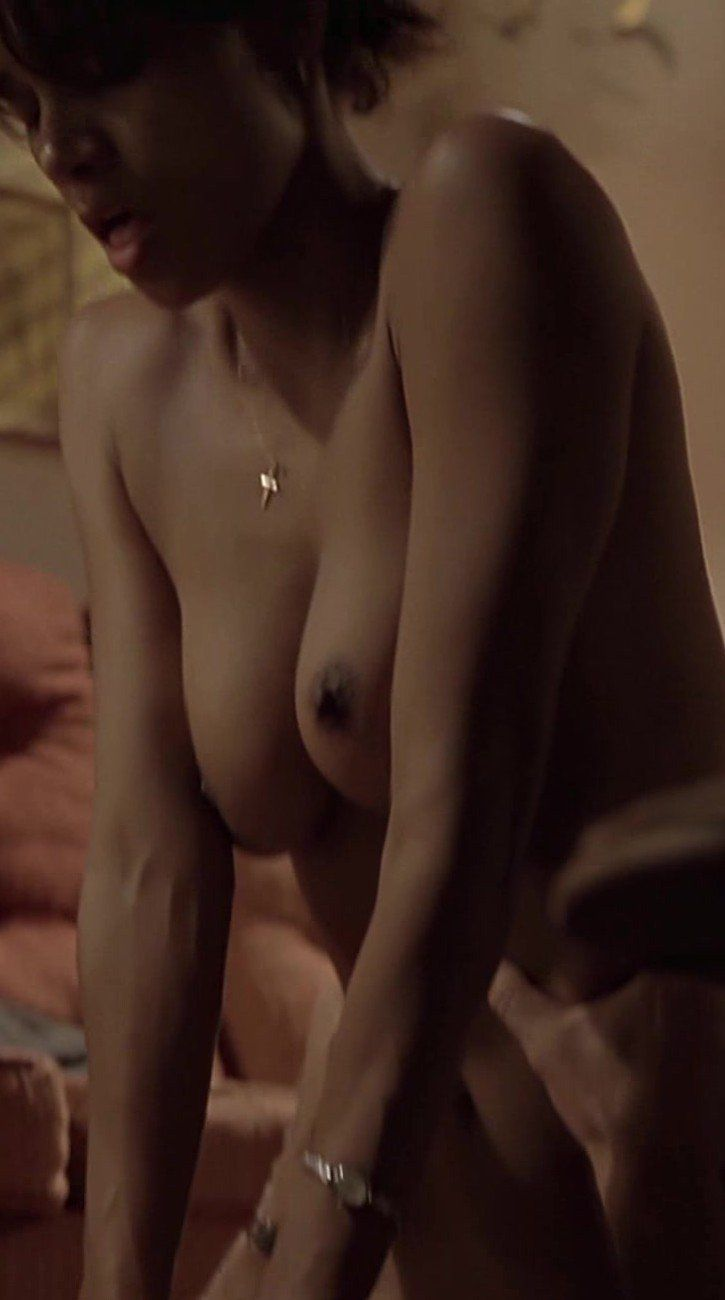 Naked Halle Berry In Monsters Ball-2588