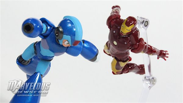 "Marvel Vs Capcom Infinite Iron Man Vs Mega Man X 3.75/"" Figure 2-Pack In-Hand"