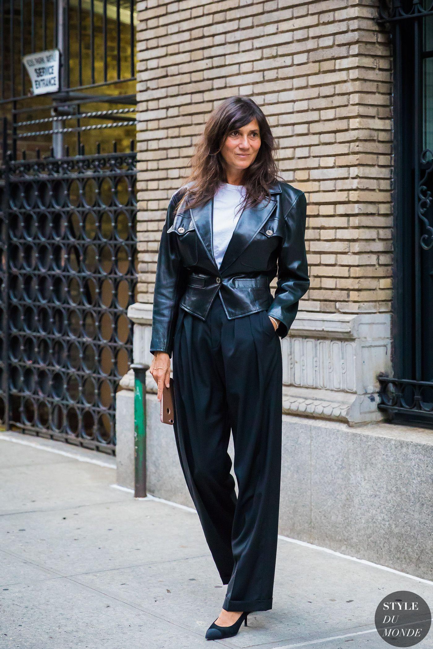 Emmanuelle Alt by STYLEDUMONDE Street Style Fashion Photography 48A3500 1dc2382c3da