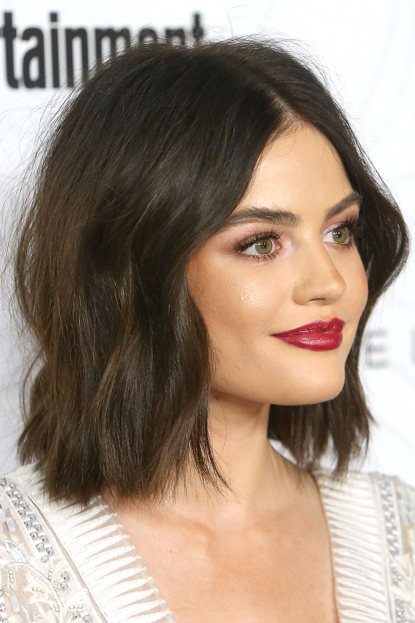 23 Celebrities Prove The Wavy Lob Is Here To Stay Neck Length Hair Lucy Hale Short Hair Hair Lengths