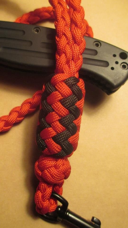 Lanyard tutorial by melvin thomas knotted lanyards for Easy paracord lanyard