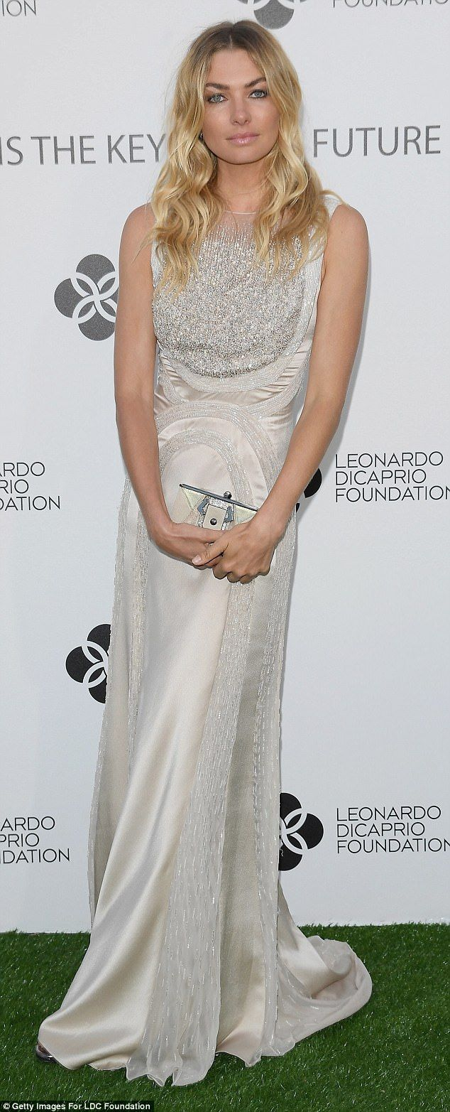 Jessica hart exudes hollywood glamour for charity gala jessica