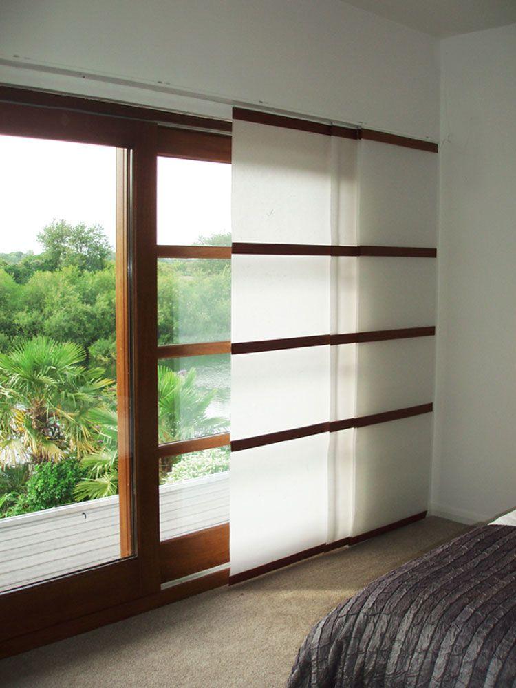 111 Esempi Di Tende A Pannello Moderne Per Interni Mondodesign It Salotti Giapponesi Tende A Pannello Interior Design Giapponese