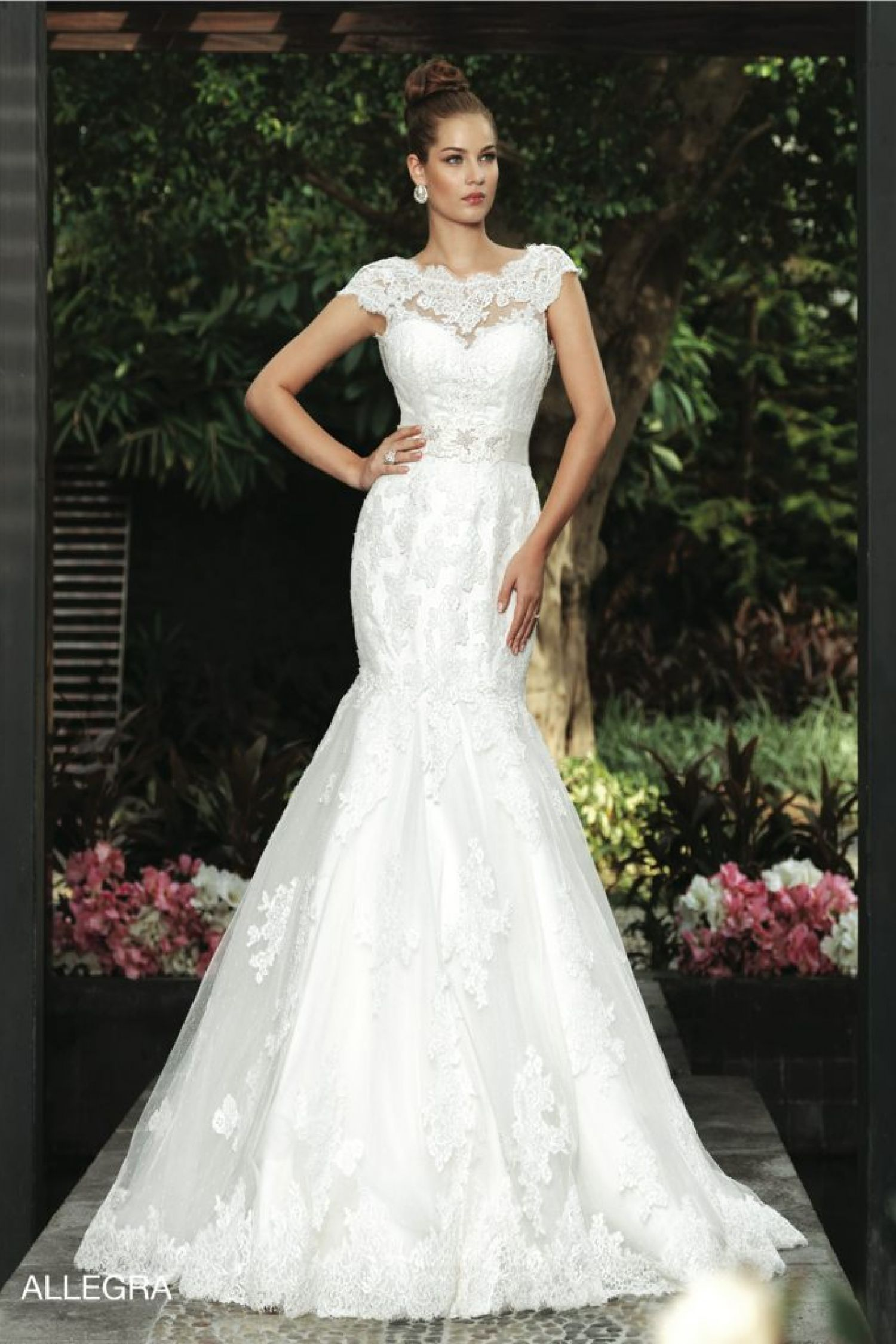 Gorgeous Wedding Dresses By Intuzuri