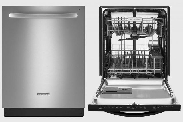 Put Away That Sponge And Let One Of Our 5 Favorite Dishwashers Do The Scrubbing Best Dishwasher Kitchenaid Refrigerator Kitchen Aid