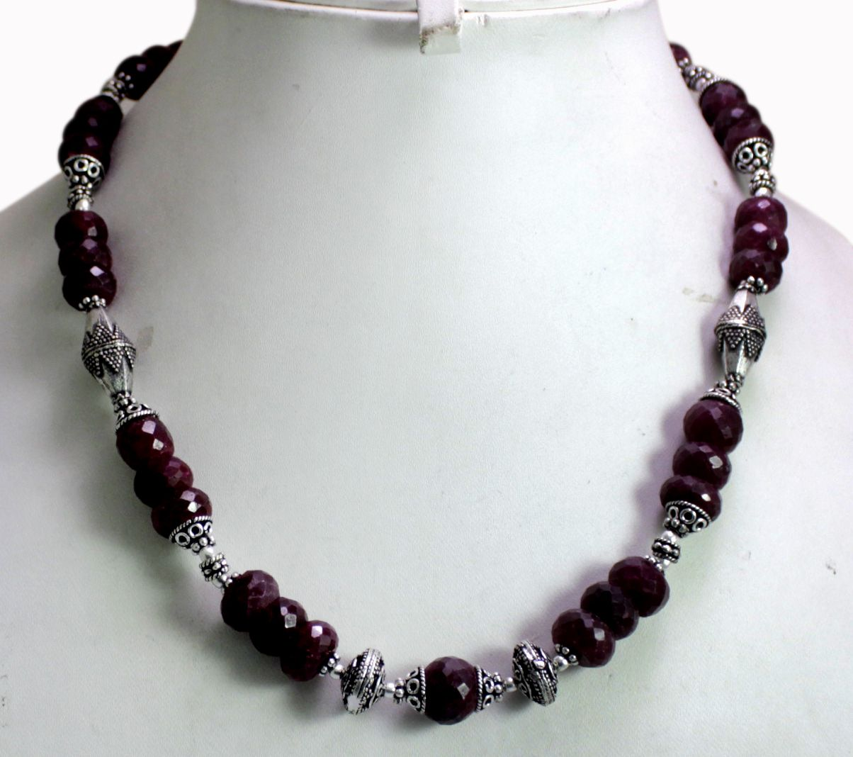 (SKU No. 464ct) 505ct Natural Blood Red Ruby Designer Beads Necklace Faceted with Silver Beads