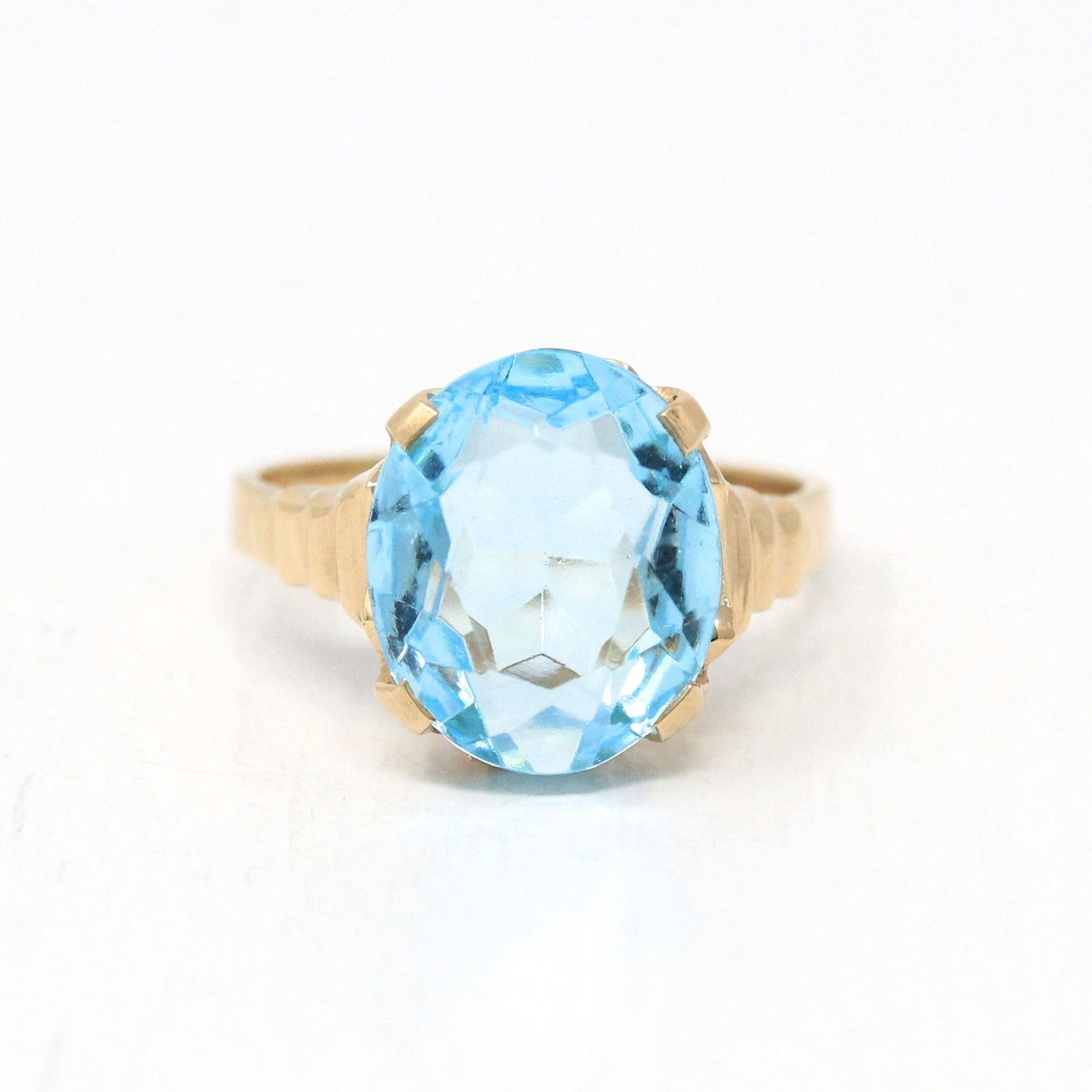 Sale Blue Stone Ring Vintage 10k Yellow Gold 1940s Etsy In 2020 Antique Rings Vintage Mid Century Jewelry Blue Stone Ring