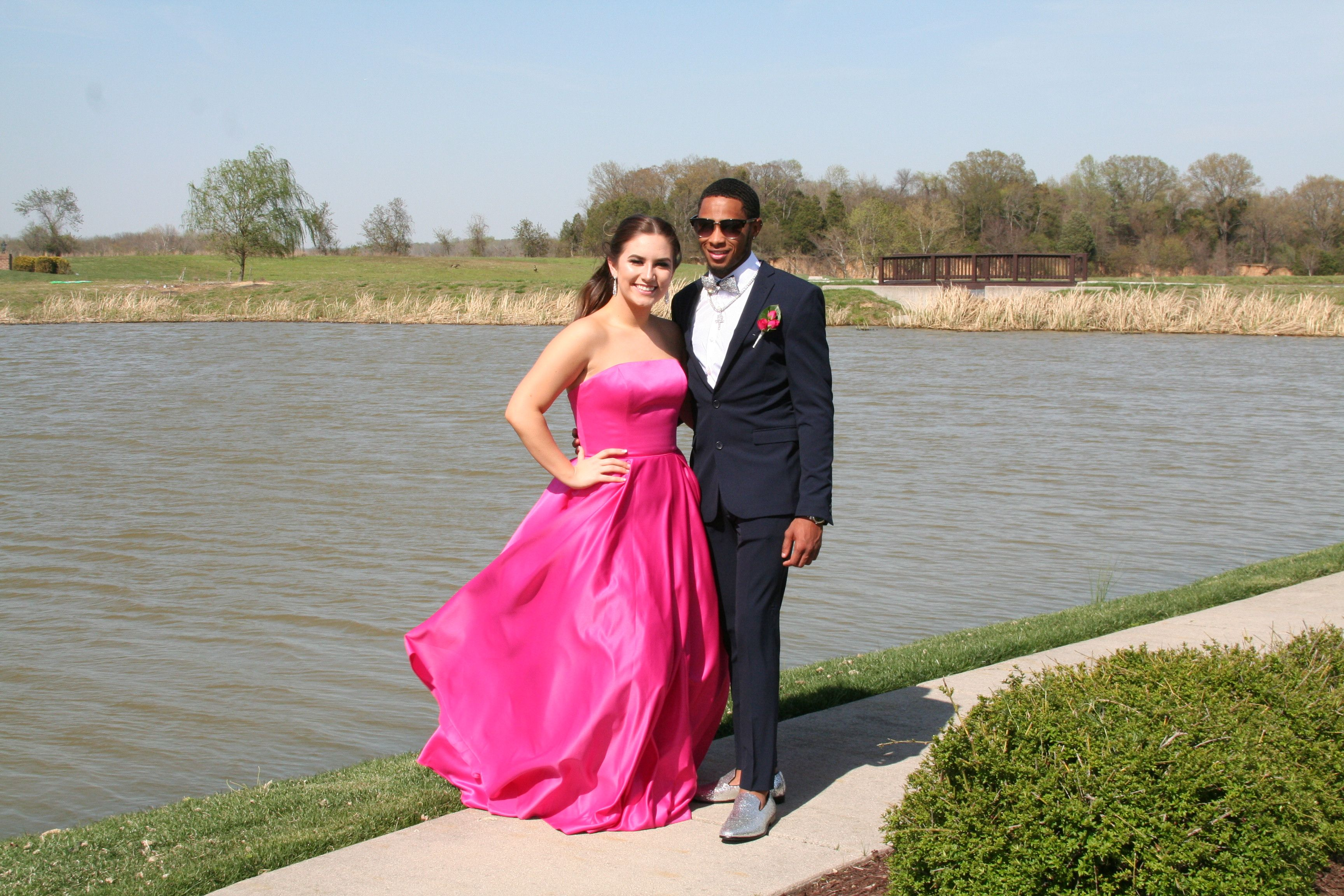 Pin by Keli Hodges on Prom 2018   Red formal dress, Formal ...